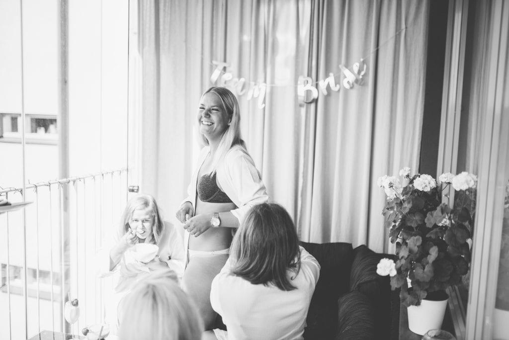Sonny Emelie Åkeshofs Slott Bromma Stockholm Bröllopsfotograf Martina Lundborg Fotograf